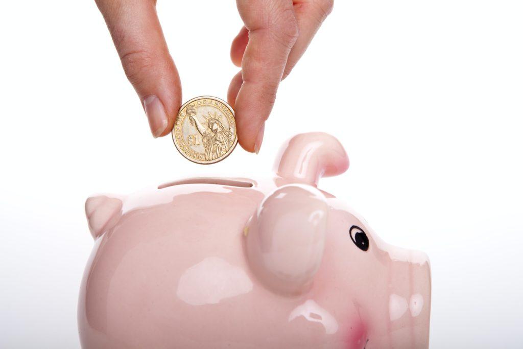 Les jeunes et l'épargne : un défi difficile à relever
